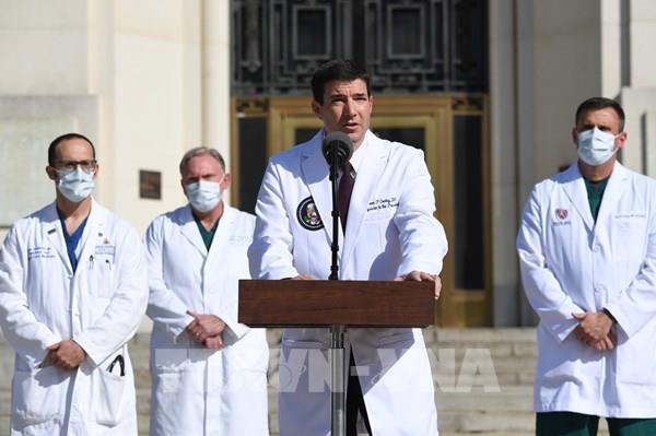 Bầu cử Mỹ 2020: Bác sĩ công bố tình trạng sức khỏe của Tổng thống Trump