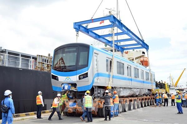Đoàn tàu đầu tiên của tuyến metro Bến Thành – Suối Tiên về tới Tp. Hồ Chí Minh