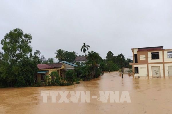 Quảng Trị: Mực nước có nơi vượt đỉnh lũ năm 1983, hàng ngàn nhà dân bị ngập sâu