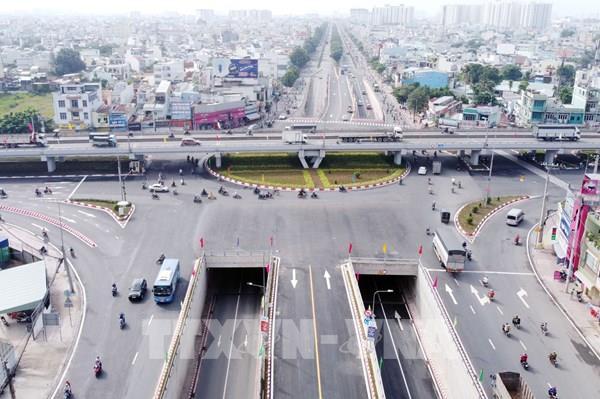 """Cải thiện giao thông Tp. Hồ Chí Minh - Bài 2: Xóa dần """"điểm đen"""" giao thông"""