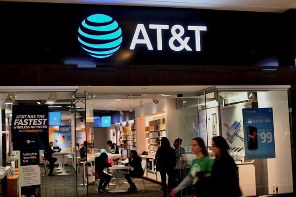 AT&T cắt giảm mạnh việc làm để ứng phó dịch COVID-19