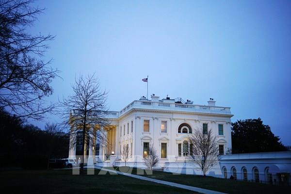 Nhà Trắng đề xuất nâng quy mô gói cứu trợ kinh tế mới lên 1.800 tỷ USD