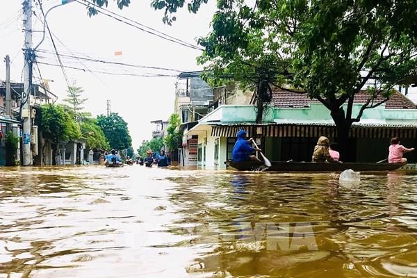 Áp thấp nhiệt đới khả năng mạnh lên thành bão, miền Trung mưa lớn