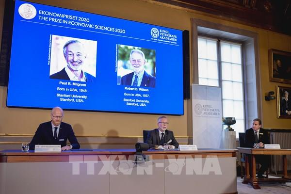 Hai nhà kinh tế Mỹ đoạt giải Nobel Kinh tế 2020