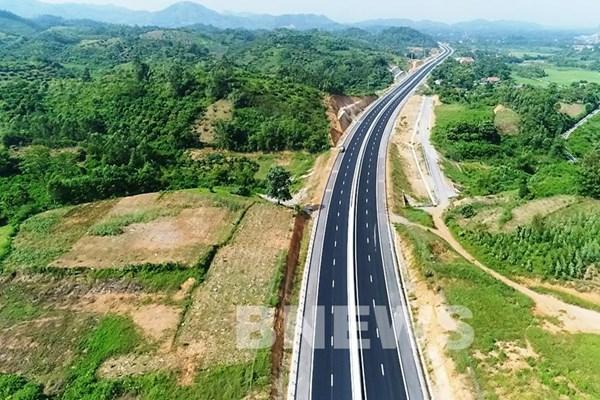 Chuẩn bị khởi công 11 dự án giao thông trọng điểm