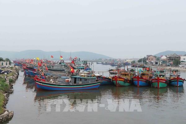 Bão số 7 đi vào đất liền các tỉnh từ Thái Bình đến Nghệ An và suy yếu