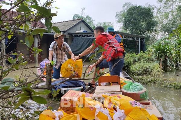 Tập đoàn Central Retail hỗ trợ người dân vùng ngập lụt tại Thừa Thiên Huế