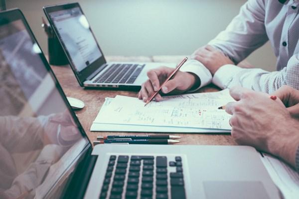 Cơ quan nào lập tờ trình phê duyệt dự toán chuẩn bị đầu tư?
