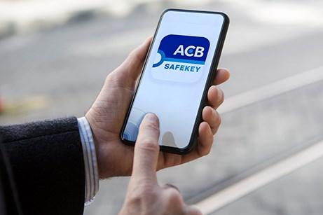 Hơn 2 triệu cổ phiếu ACB đăng ký chuyển niêm yết sang sàn HOSE