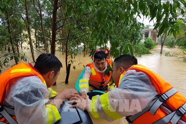 Quảng Trị: Mưa lũ làm ngập lụt 82 xã, phường và thị trấn, 2 người thương vong