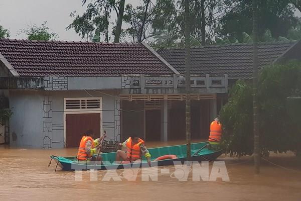 Cảnh báo: Lũ đặc biệt lớn trên sông ở Quảng Bình, Quảng Trị, vượt báo động 3