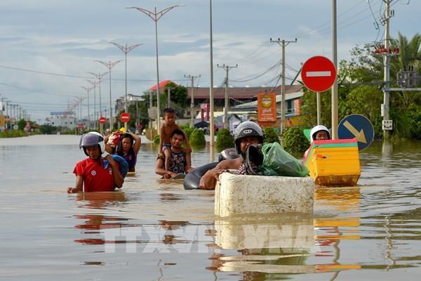 Mỹ viện trợ khẩn 100.000 USD giúp Campuchia ứng phó với lũ lụt