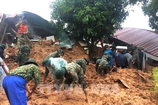 Sạt lở đặc biệt nghiêm trọng tại Quảng Trị làm vùi lấp 22 cán bộ, chiến sĩ