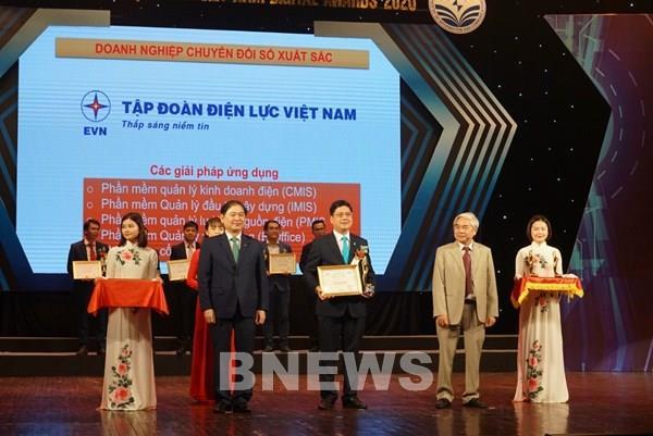 EVN nhận giải thưởng Doanh nghiệp chuyển đổi số xuất sắc 2020