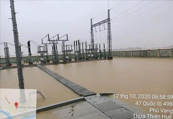 Điện lực miền Trung đã cấp điện trở lại cho gần 47.000 khách hàng
