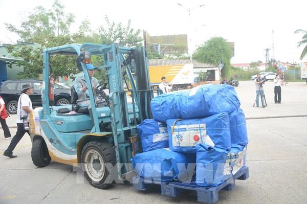 Nhật Bản hỗ trợ tỉnh Thừa Thiên-Huế 50 máy lọc nước và 250 tấm trải nhựa
