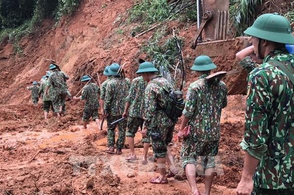 Tổ chức lễ tang 22 cán bộ, chiến sĩ hy sinh trong vụ sạt lở đất ở Quảng Trị