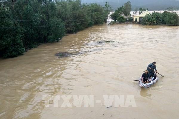 BIDV dành 8 tỷ đồng hỗ trợ đồng bào miền Trung bị lũ lụt