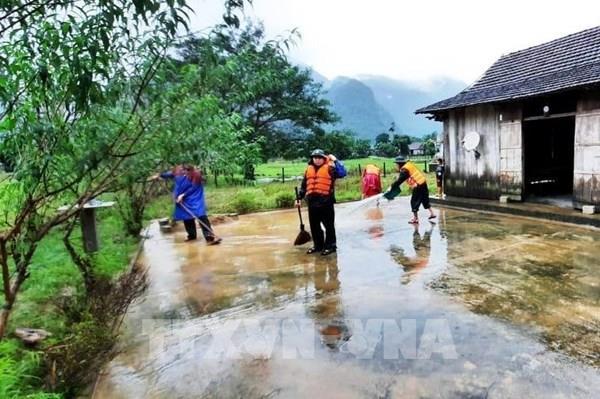 Quảng Bình khẩn trương khôi phục cấp điện sau lũ