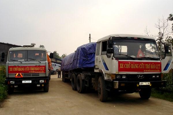 Tổng cục Dự trữ Nhà nước xuất cấp 5.000 tấn gạo cho các tỉnh bị lũ lụt