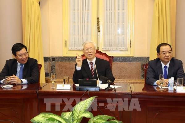 Tổng Bí thư, Chủ tịch nước Nguyễn Phú Trọng trao quyết định bổ nhiệm và tiếp các Đại sứ