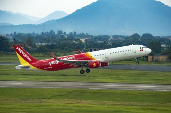 Vietjet Air đổi vé miễn phí không giới hạn cho khách đi đến miền Trung