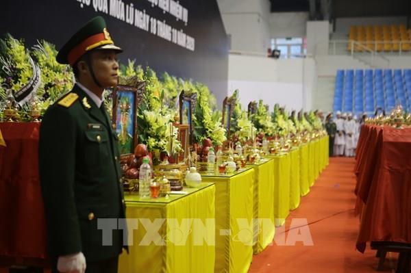 Lễ viếng và truy điệu 22 cán bộ, chiến sĩ Đoàn Kinh tế - Quốc phòng 337