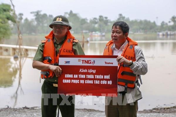 Bàn giao ca-nô công suất lớn cứu hộ, cứu nạn cho tỉnh Thừa Thiên – Huế