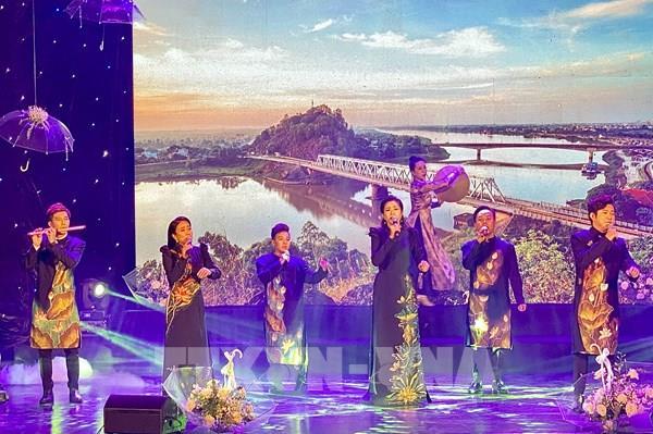 """TP Hồ Chí Minh: Hơn 100 nghệ sỹ tham gia đêm nhạc gây Quỹ """"Thương về miền Trung"""""""