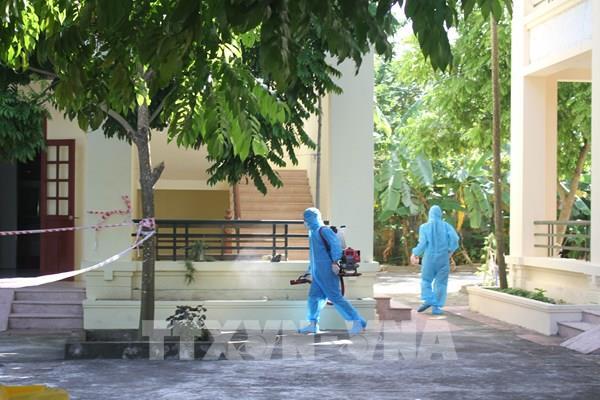 Một ca nhiễm COVID-19 mới từ nước ngoài về, thêm 4 người khỏi bệnh