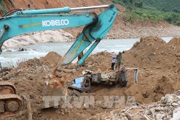 Đã tìm thấy thi thể 3 người mất tích khi đi rừng ở Quảng Bình