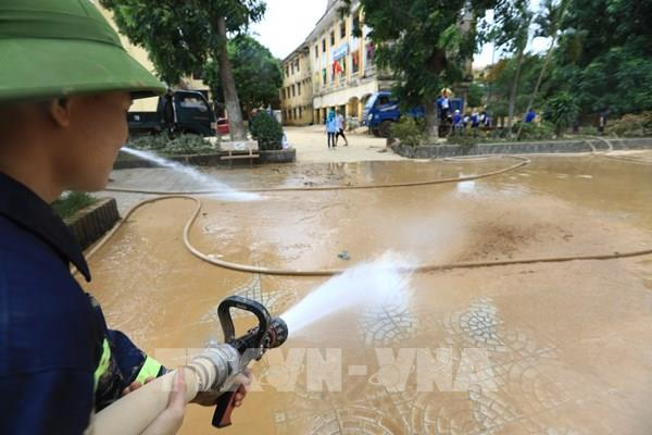 Thủ tướng quyết định xuất cấp hóa chất khử khuẩn cho các tỉnh miền Trung