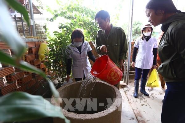 Xử lý nước sạch an toàn sau mưa lũ