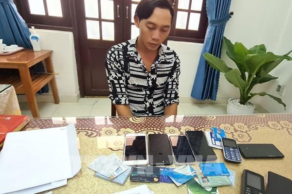 Bắt kẻ chiếm đoạt tiền của vợ nạn nhân vụ sạt lở ở Thủy điện Rào Trăng 3