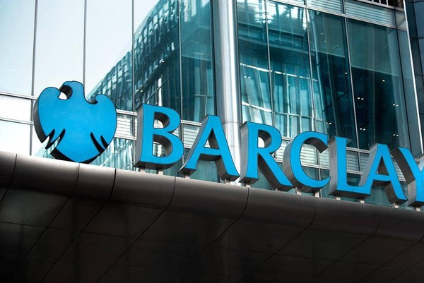 Lợi nhuận quý III của Barclays vượt hơn hai lần dự báo