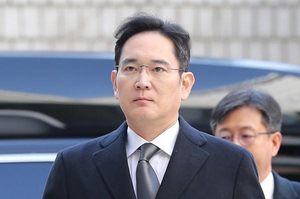 Người thừa kế Tập đoàn Samsung trước khoản thuế cao kỷ lục