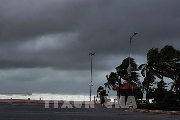Hình ảnh cập nhật mới nhất về bão số 9 tại miền Trung