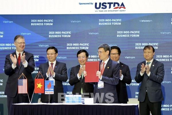 PV GAS và Tập đoàn AES ký kết thoả thuận về dự án kho cảng LNG Sơn Mỹ