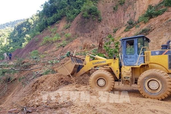 Quảng Nam: Thêm một vụ sạt lở núi vùi lấp 11 người tại huyện Phước Sơn
