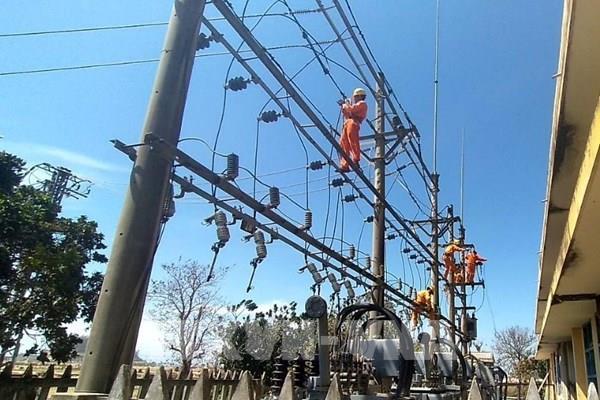 Chậm nhất 4 ngày tới, toàn tỉnh Quảng Ngãi có điện trở lại