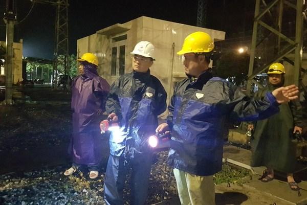 Lưới điện truyền tải Phú Yên vững vàng trong bão số 9