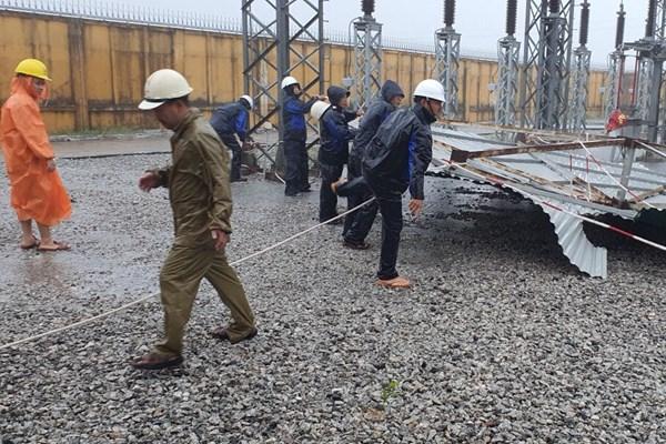 Bão số 9: PTC2 nỗ lực vận hành an toàn hệ thống điện