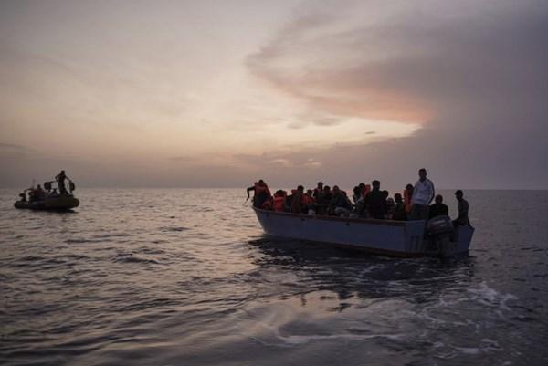 Đắm tàu thảm khốc ngoài khơi Senegal