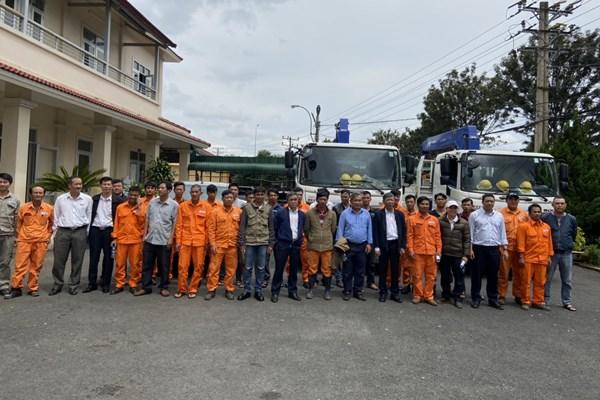 Điện lực miền Nam cử cán bộ hỗ trợ khắc phục sự cố do bão tại miền Trung
