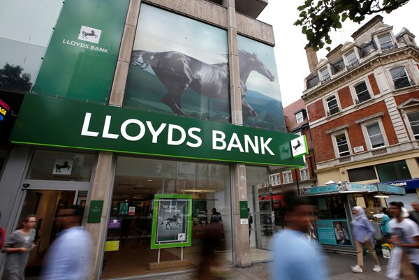 Lloyds báo cáo lợi nhuận quý III/2020 cao hơn dự báo