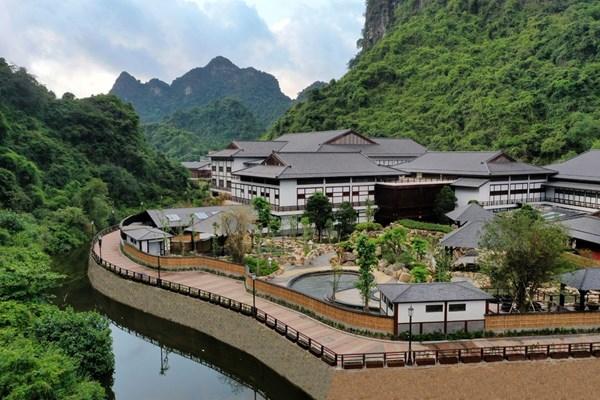 Điểm danh các bể tắm khoáng độc đáo tại Yoko Onsen Quang Hanh