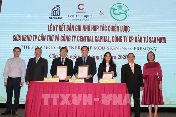 Cần Thơ ký kết hợp tác phát triển đô thị, công nghệ thông tin