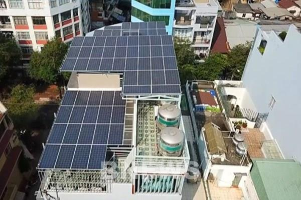 Thủ tướng yêu cầu rà soát tổng thể phát triển điện mặt trời