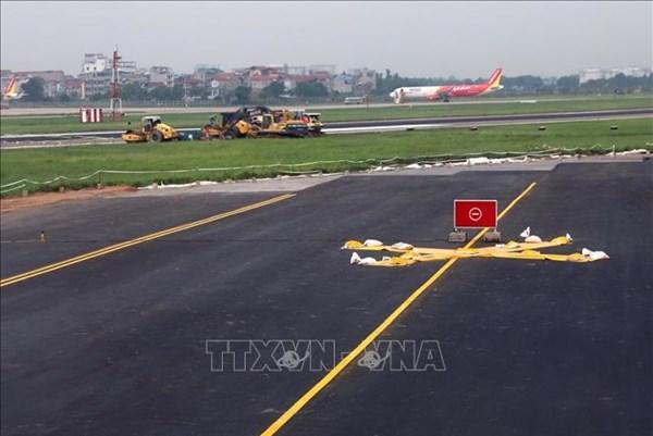 Đưa đường băng vừa nâng cấp tại sân bay Nội Bài vào khai thác