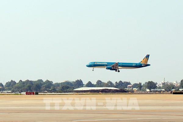 Khánh thành dự án cải tạo đường cất hạ cánh tại sân bay Tân Sơn Nhất và Nội Bài